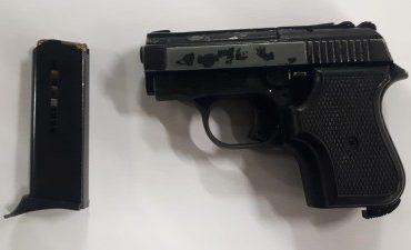 Rotterdam – Preventief fouilleren levert een vuurwapen op