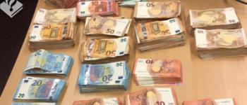 Den Haag – Politie treft ruim drie ton cash aan