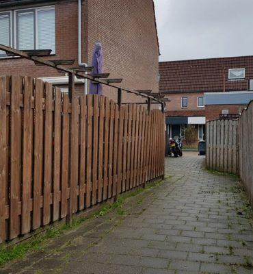 Nieuwegein – Gezocht – Schennispleger laat kinderen schrikken