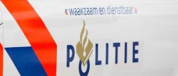 Barendrecht – Auto ramt glazen pui supermarkt