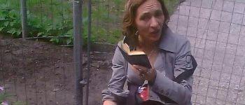 Oss – Gezocht – Vrouw door messteken gedood