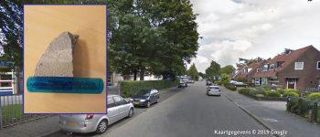 Soest – Gezocht – Steen door ruit van politieauto gegooid