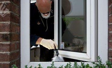 's-Hertogenbosch, Eindhoven – Inbrekersduo opgepakt in onderzoek naar woninginbraken
