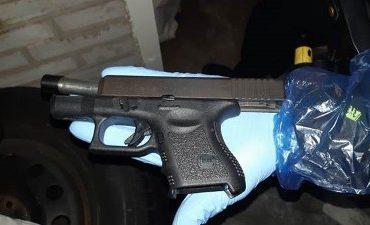 Rotterdam – Politie doet grote vangst Rotterdam Zuid: flink geldbedrag, drugs en wapens