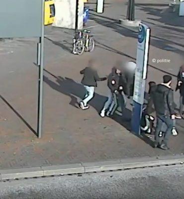Almere Buiten – Gezocht – Openlijke geweldpleging
