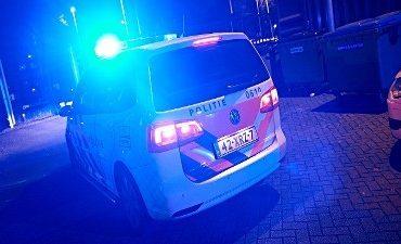 Amsterdam – Man gewond bij autobrand
