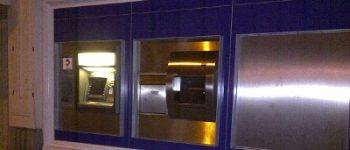 Rotterdam – Strakke veiligheidsprocedures geldwisselkantoor voorkomt overval