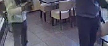 Hengelo – Gezocht – Twee man overvallen cafetaria
