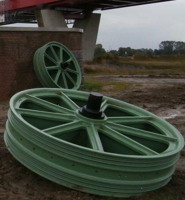 Hattem/ Zwolle – Gezocht – Gietijzeren loopwielen spoorbrug gestolen