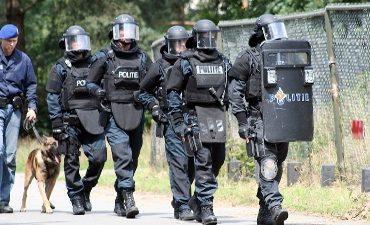 Rotterdam – Arrestatieteam plukt Rotterdammer (18) van dak Mathenesserlaan