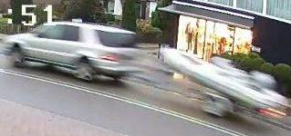 't Harde – Gezocht – Boot inclusief trailer uit garage gestolen
