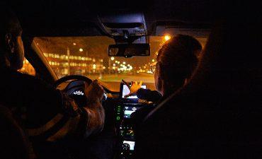 Tilburg – Gewonde man in auto langs A58