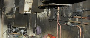 Amsterdam – Man aangehouden na brand in woning Hoofdweg