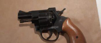 Vlissingen – Man gearresteerd, revolver in woning gevonden